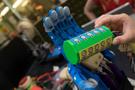 莱斯大学学生开发出可测试3D打印假手的装置