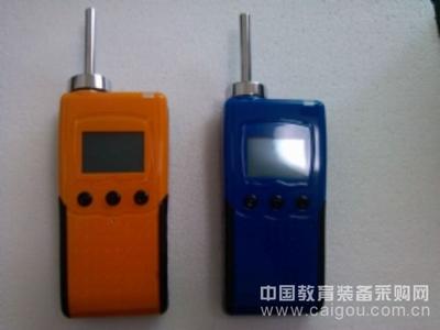 便携泵吸式环戊烷监测仪