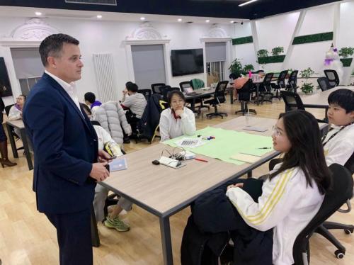北京爱迪学国际校为改善世界做出贡献