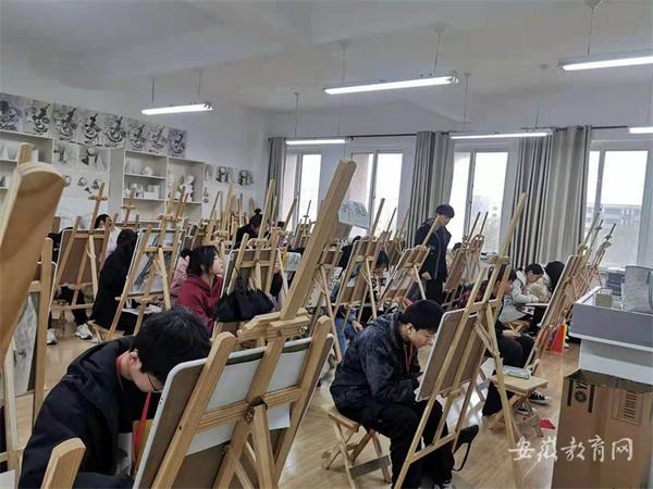 蚌埠市緊盯社會需求加快構建現代職業教育體系