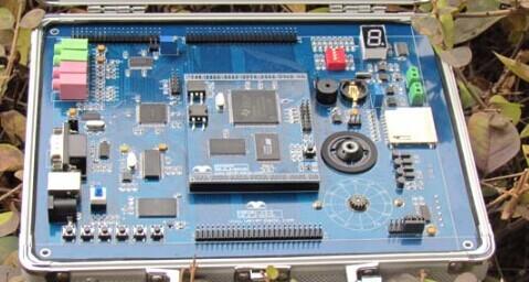 DICE-DSP28335型实验仪