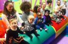 在線早教、傳統早教大PK:帶寶寶去悅寶園,僅僅是讓孩子學習嗎?